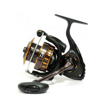 Daiwa BG zwart - goud zeevis zeemolen 4000