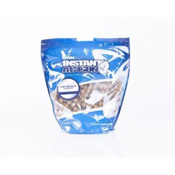Nash Instant Action Candy Nut Crush bruin karper boilie 15mm 1kg